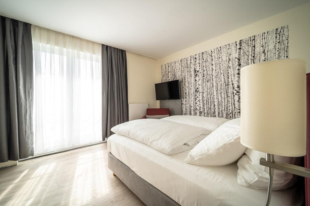 Hotel in Thale – Zimmer vom Mythenresort Heimdall im Bodetal in Sachen-Anhalt